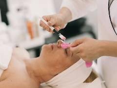 Institut Esthederm Paris a fost lansat si in Romania