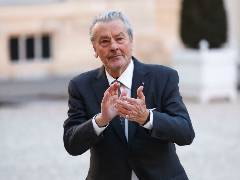 Alain Delon a suferit un accident cardio-vascular cerebral