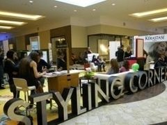 In Baneasa Shopping City, lasa-te pe mana specialistilor la Styling Corner