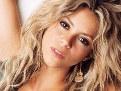 Shakira, silueta perfecta, la plaja in Hawaii! FOTO