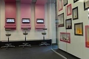 Avon, the Beauty & Business Center si-a deschis portile!